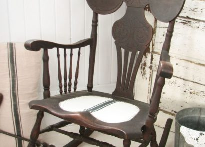 1800's Rocking Chair Makeover with Grain Sack Seat by Prodigal Pieces www.prodigalpieces.com #prodigalpieces
