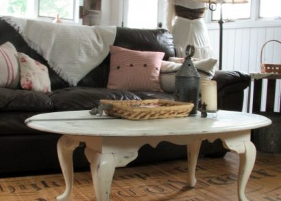 Create a Faux French Grain Sack Table with Tape and Paint - Let a teenager show you how! by Prodigal Pieces www.prodigalpieces.com #prodigalpieces