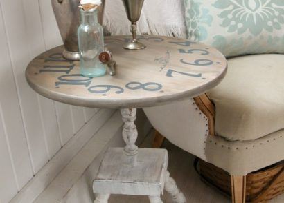 Vintage Table Set Out for Trash Becomes Faux Clock Face Table by Prodigal Pieces | www.prodigalpieces.com