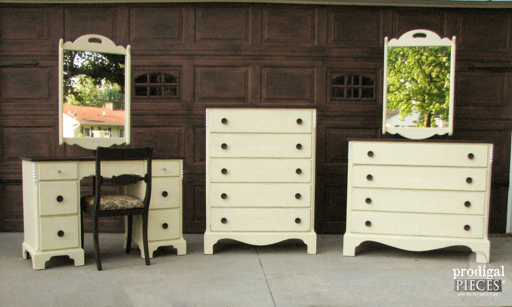 Vintage Bedroom Set with Primitive Makeover by Prodigal Pieces | www.prodigalpieces.com