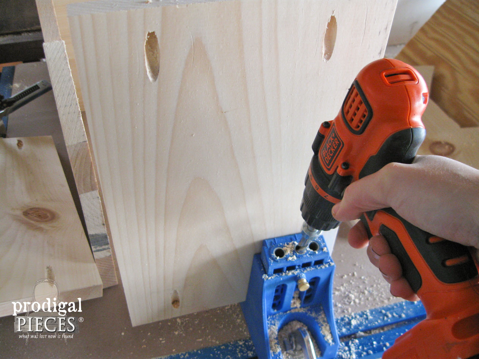 Kreg Jig for Pocket Screw Holes in Storage Bin | Prodigal Pieces | www.prodigalpieces.com