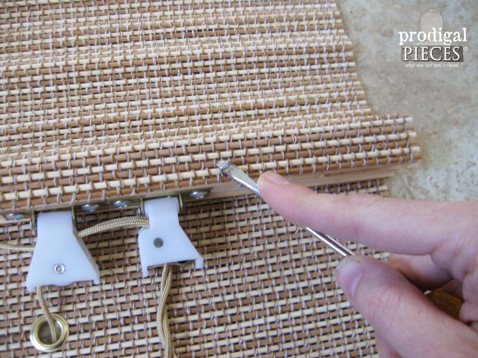 Removing Shade Staples for Window Treatment | Prodigal Pieces | www.prodigalpieces.com