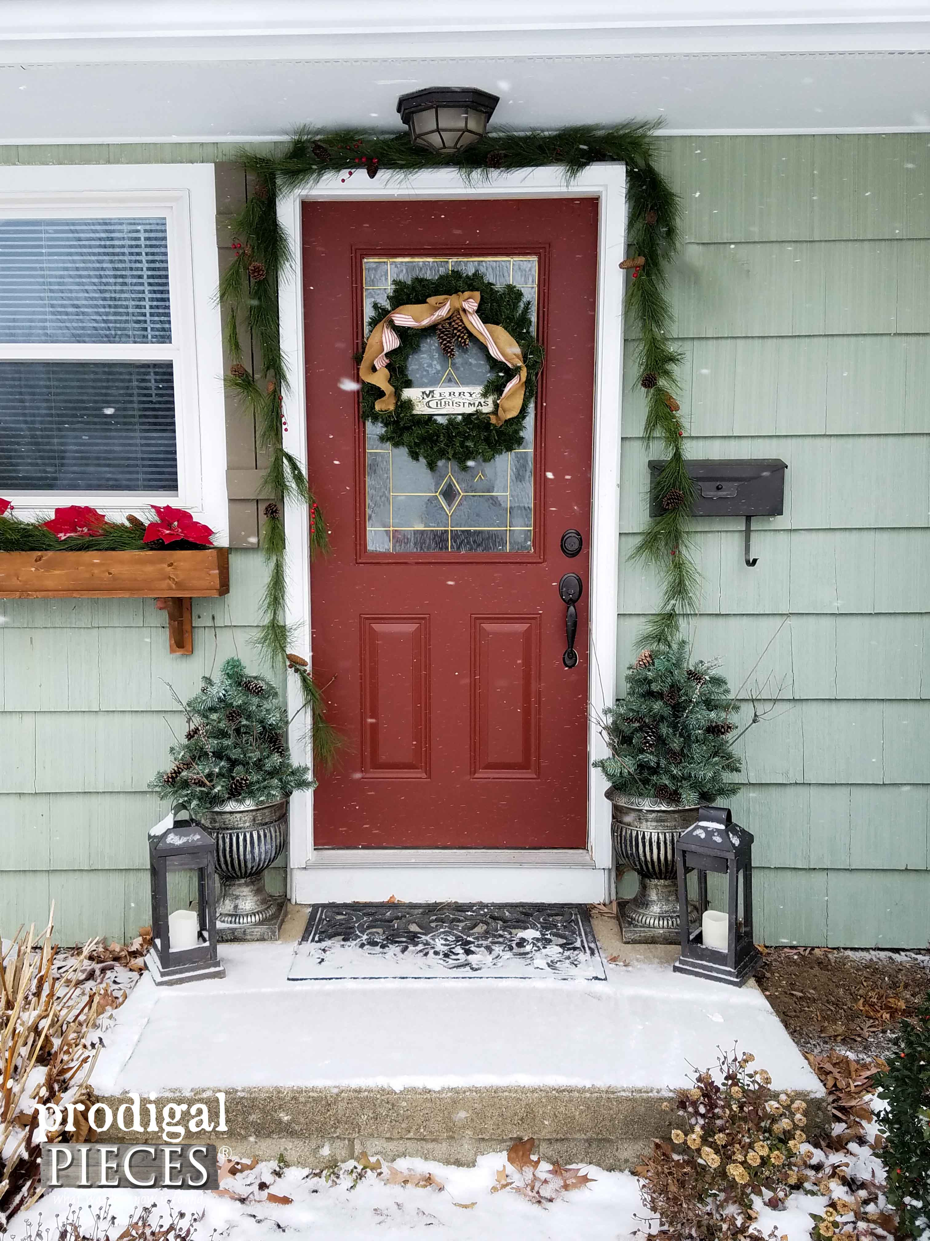 Superieur Holiday Front Door Decor With DIY Winter Urns By Prodigal Pieces |  Prodigalpieces.com