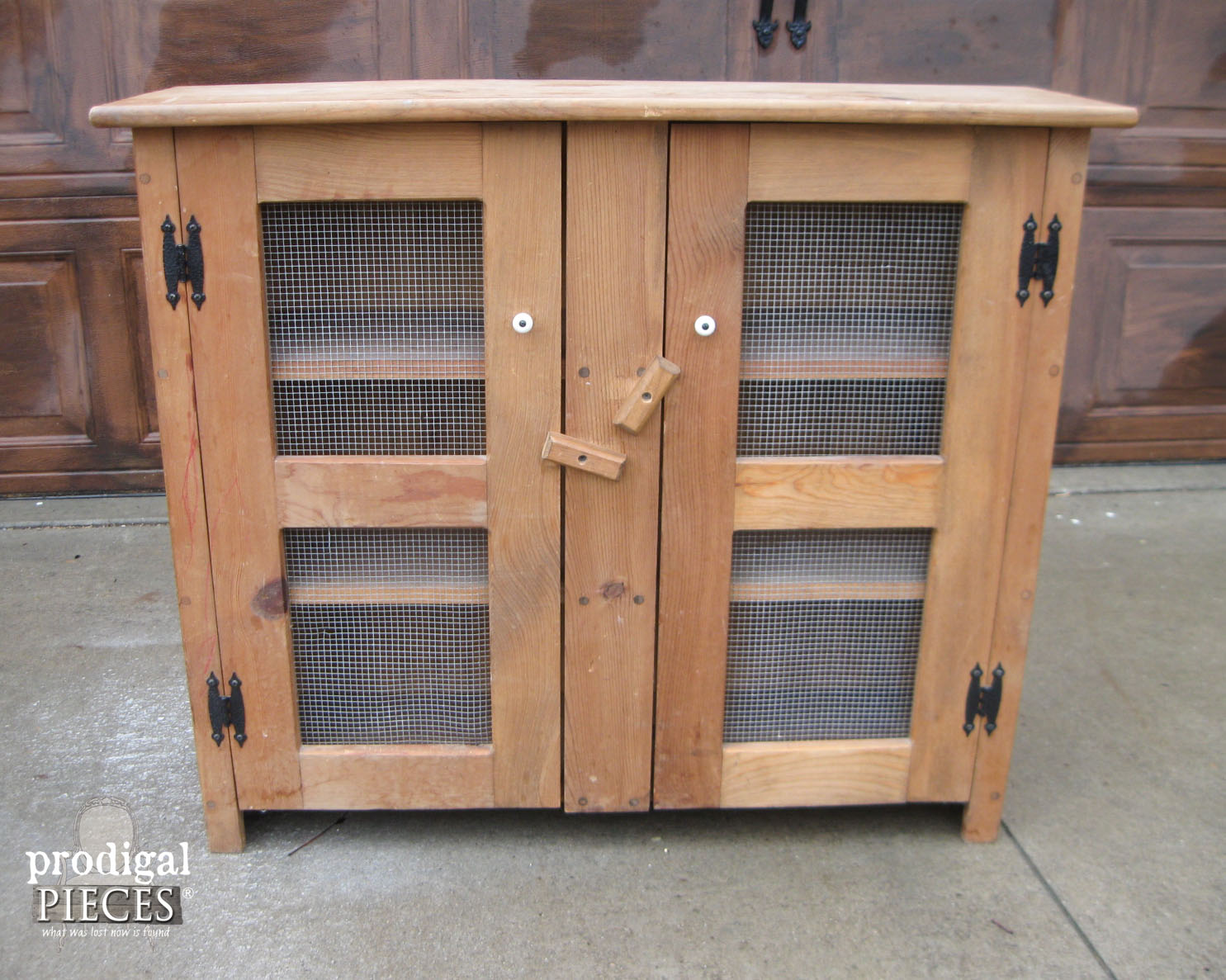 Primitive Chicken Wire Cupboard Before Update | Prodigal Pieces | www.prodigalpieces.com
