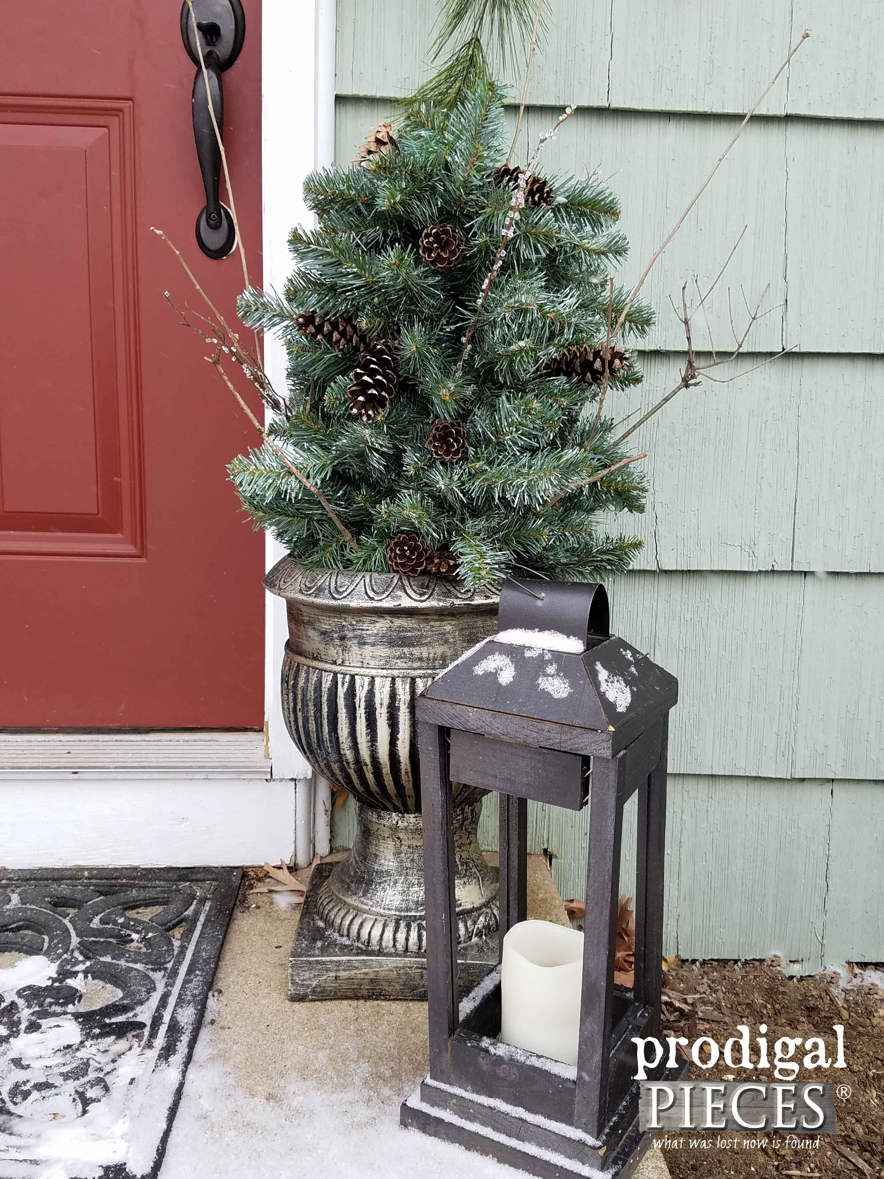 Simple Rustic Winter Urn Made from Repurposed Materials by Prodigal Pieces | prodigalpieces.com