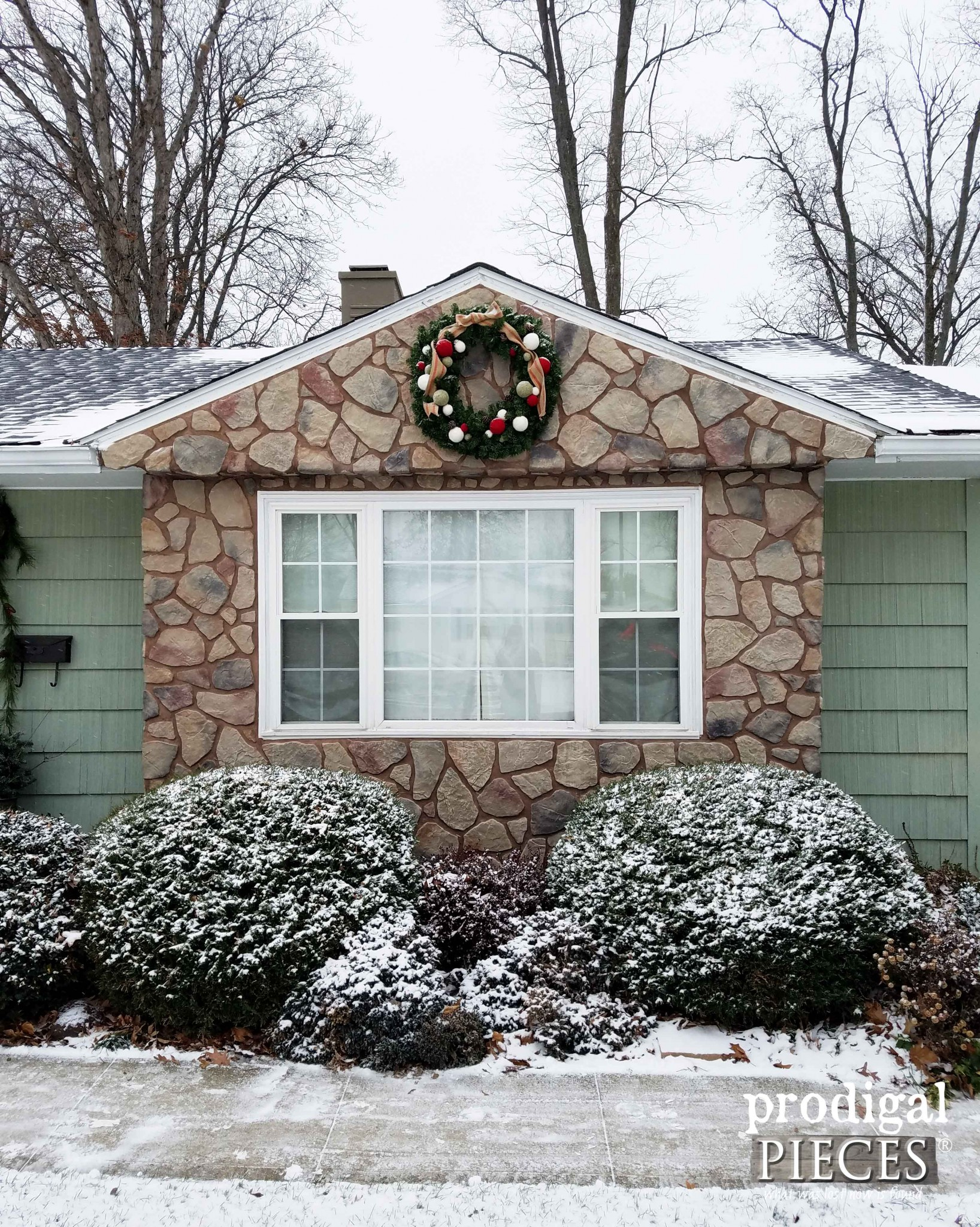 Winter Holiday Curb Appeal with Wreath on Stone by Prodigal Pieces | prodigalpieces.com