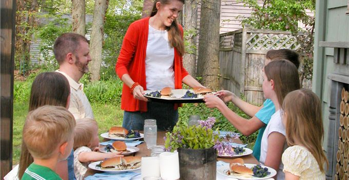 Nourishing Food: Feeding my Large Family