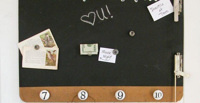 Magnetic Message Board DIY