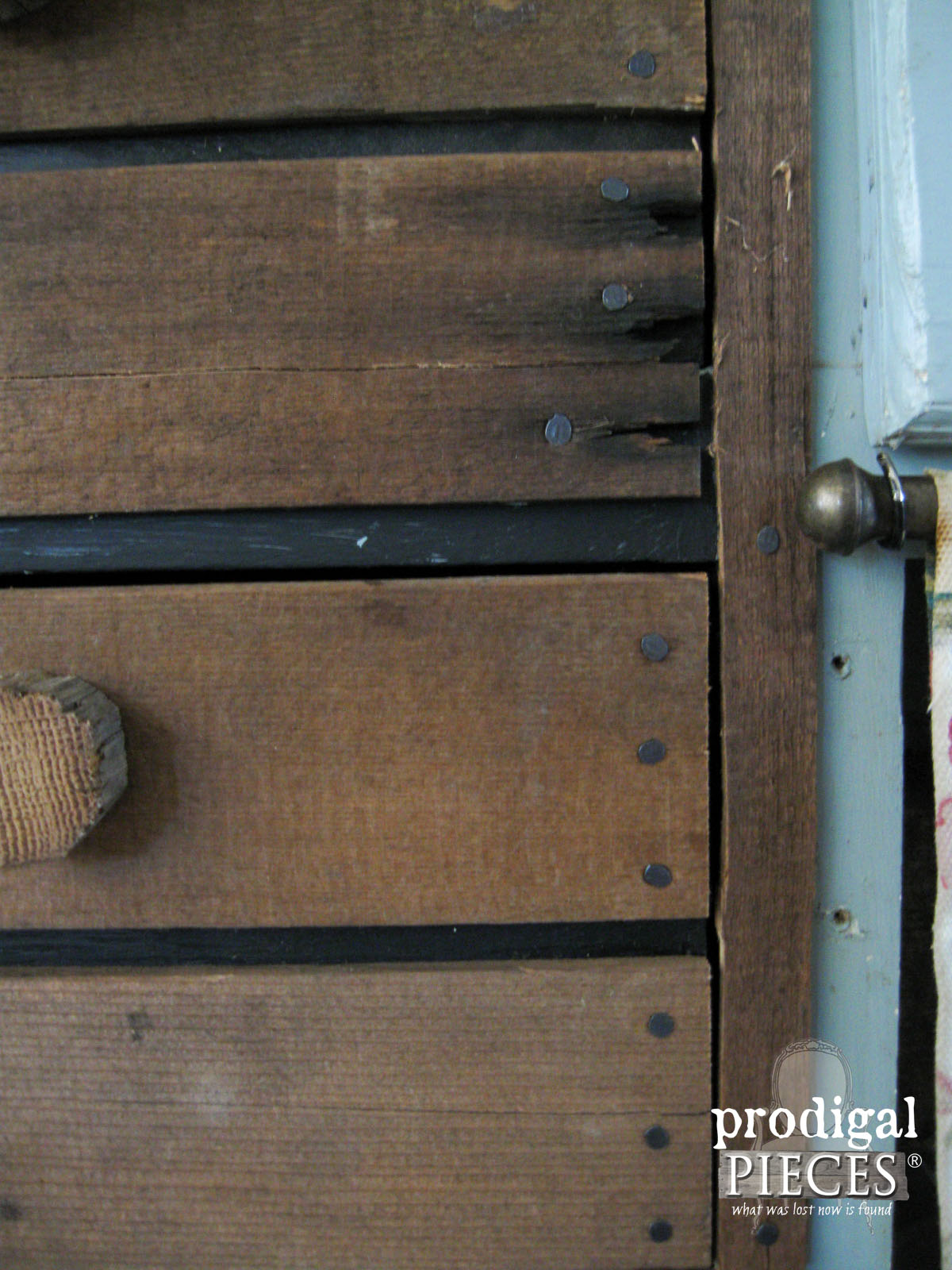 Closeup of Patina on Faux Crate Drawers | Prodigal Pieces | www.prodigalpieces.com