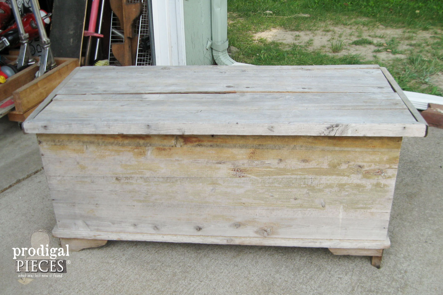 Curbside Cedar Chest Before Makeover by Prodigal Pieces | www.prodigalpieces.com