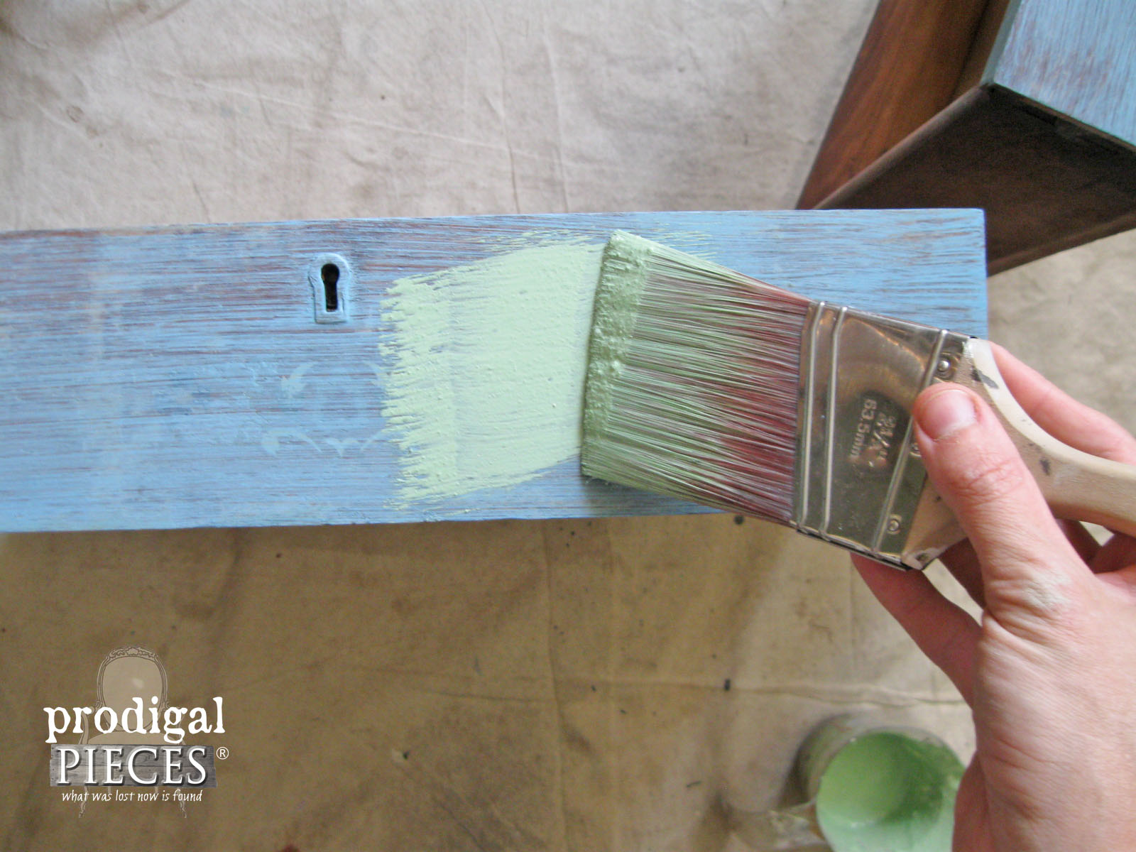 Layering Junque Milk Paint | Prodigal Pieces | www.prodigalpieces.com