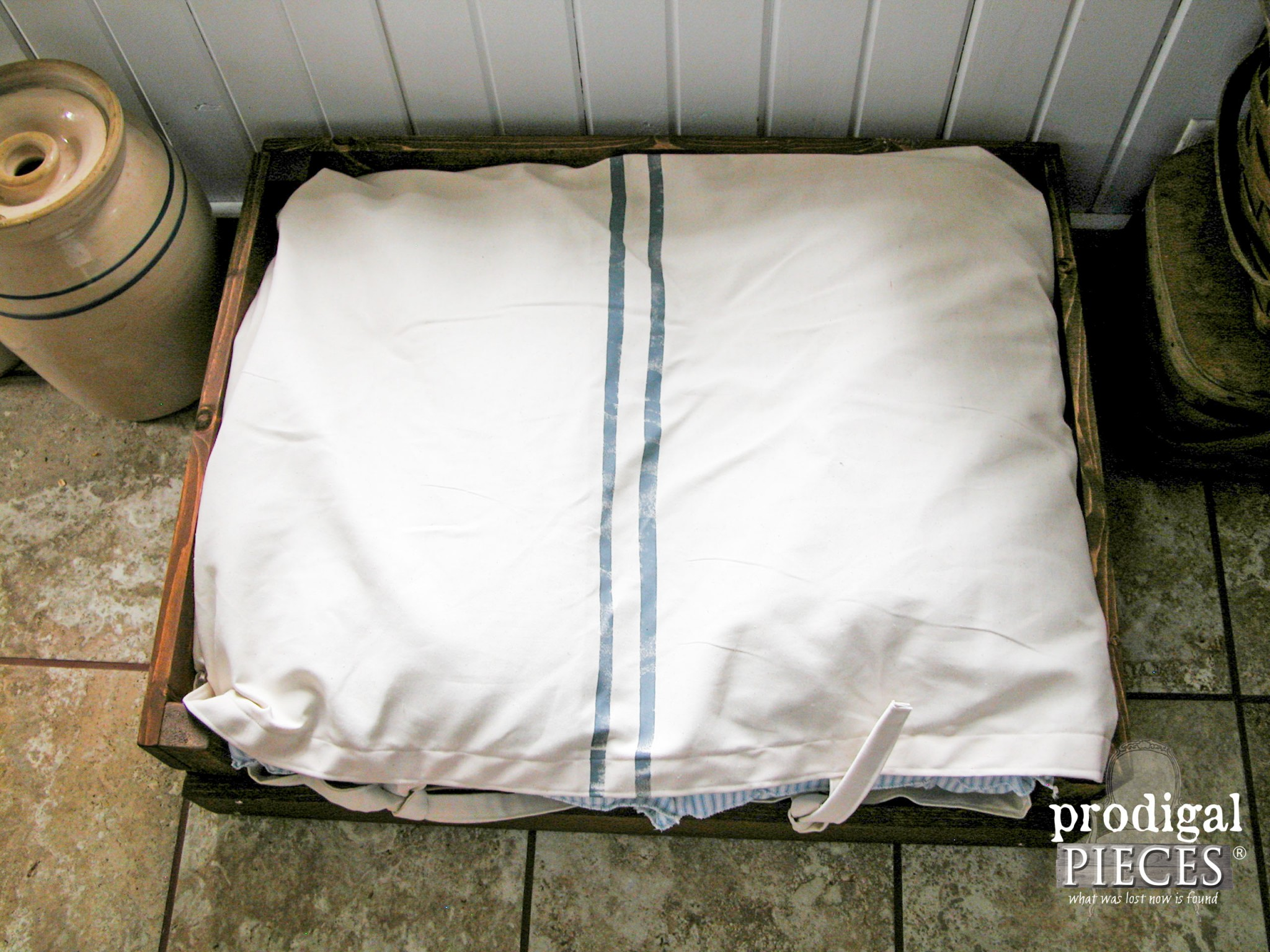 Rustic Farmhouse Style Grain Sack Pet Bed by Prodigal Pieces | www.progigalpieces.com
