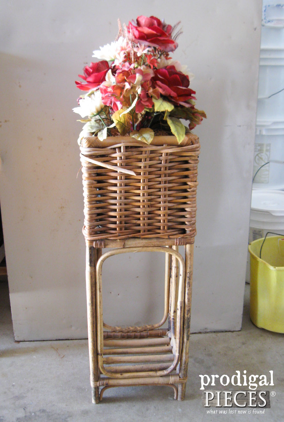 Thrifted Plant Stand Before Makeover by Prodigal Pieces | www.prodigalpieces.com