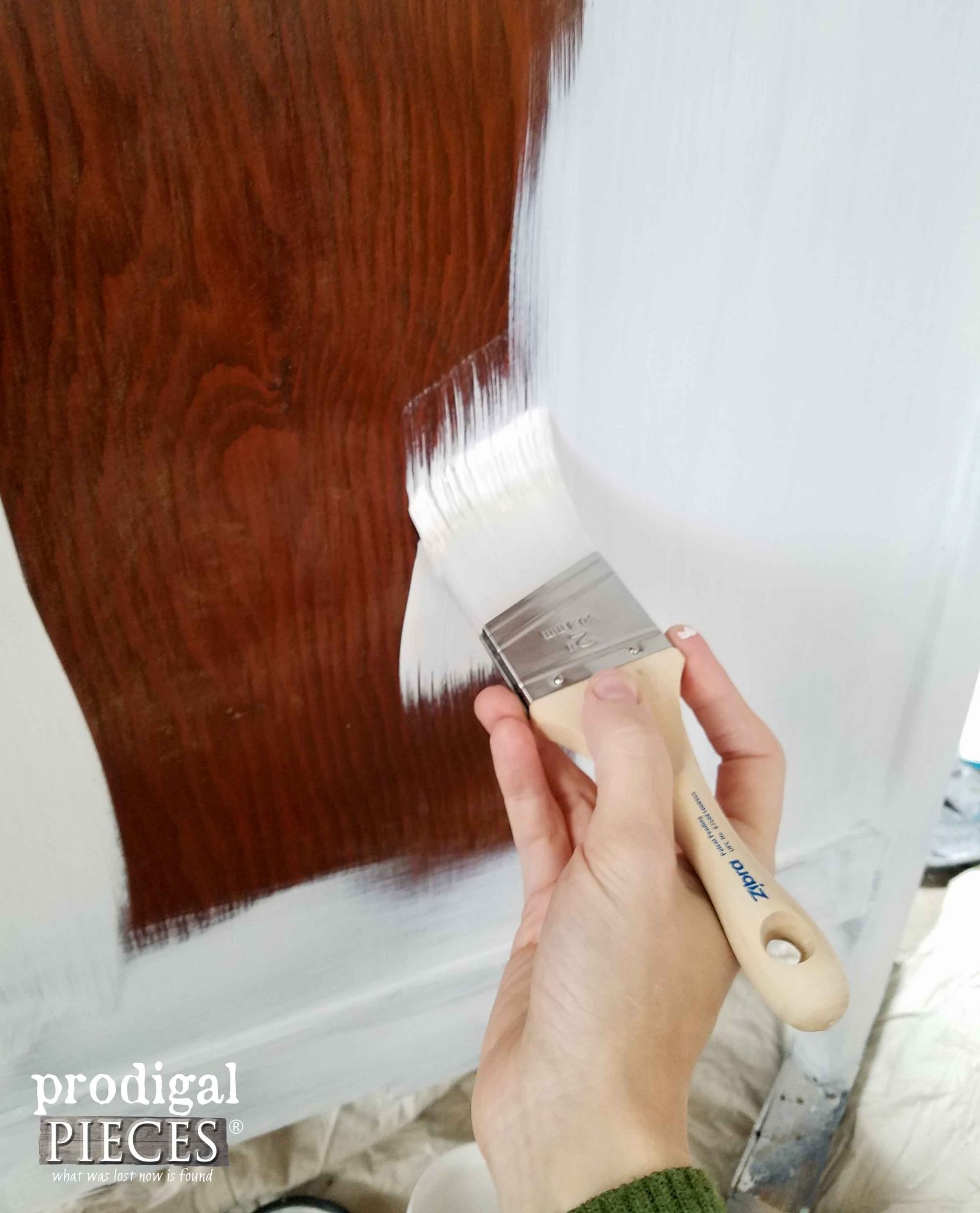 Painting Oak Desk with Zibra Brushes | Prodigal Pieces | prodigalpieces.com