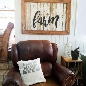 Repurposed Wall Art Farm Sign by Prodigal Pieces | prodigalpieces.com