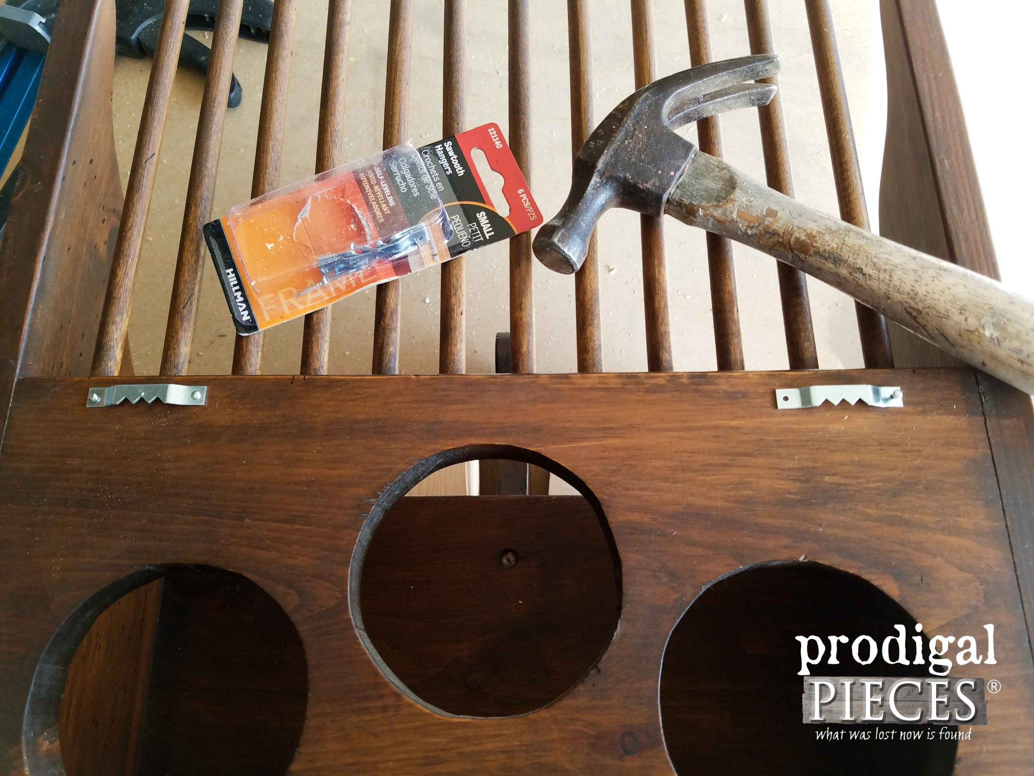 Adding Saw Tooth Hangers to make Wall Decor by Prodigal Pieces | prodigalpieces.com