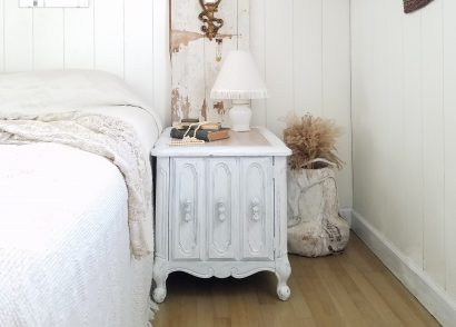 Featured Vintage Nightstand Makeover by Prodigal Pieces | prodigalpieces.com