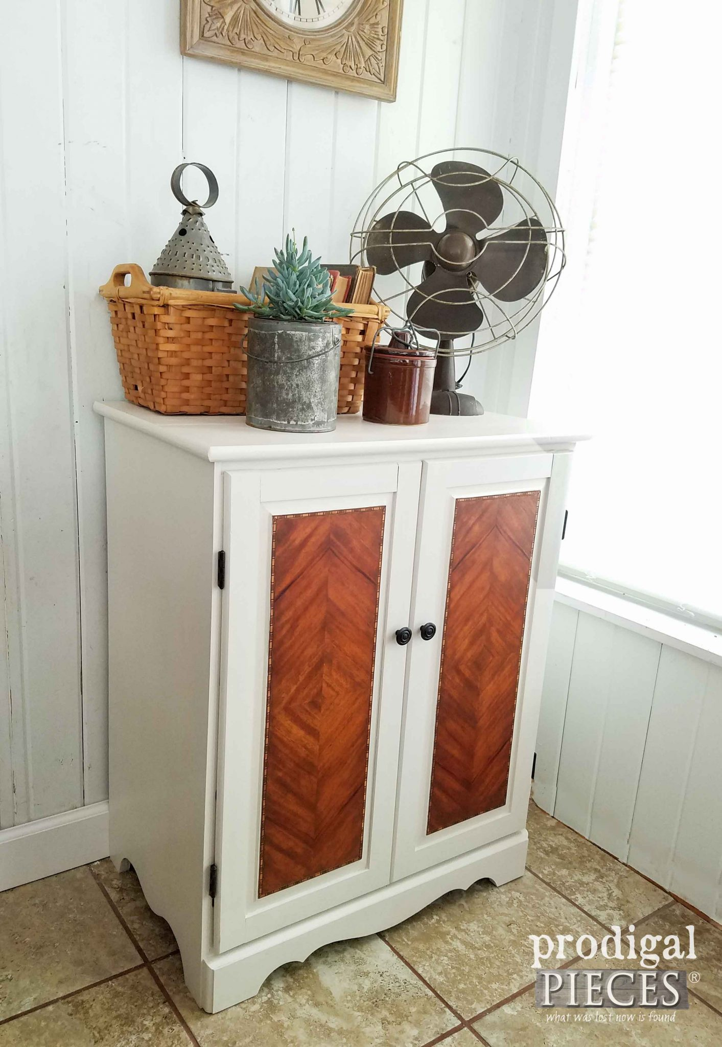 Farmhouse Chic Cabinet with Details on How to get the Look by Prodigal Pieces | prodigalpieces.com