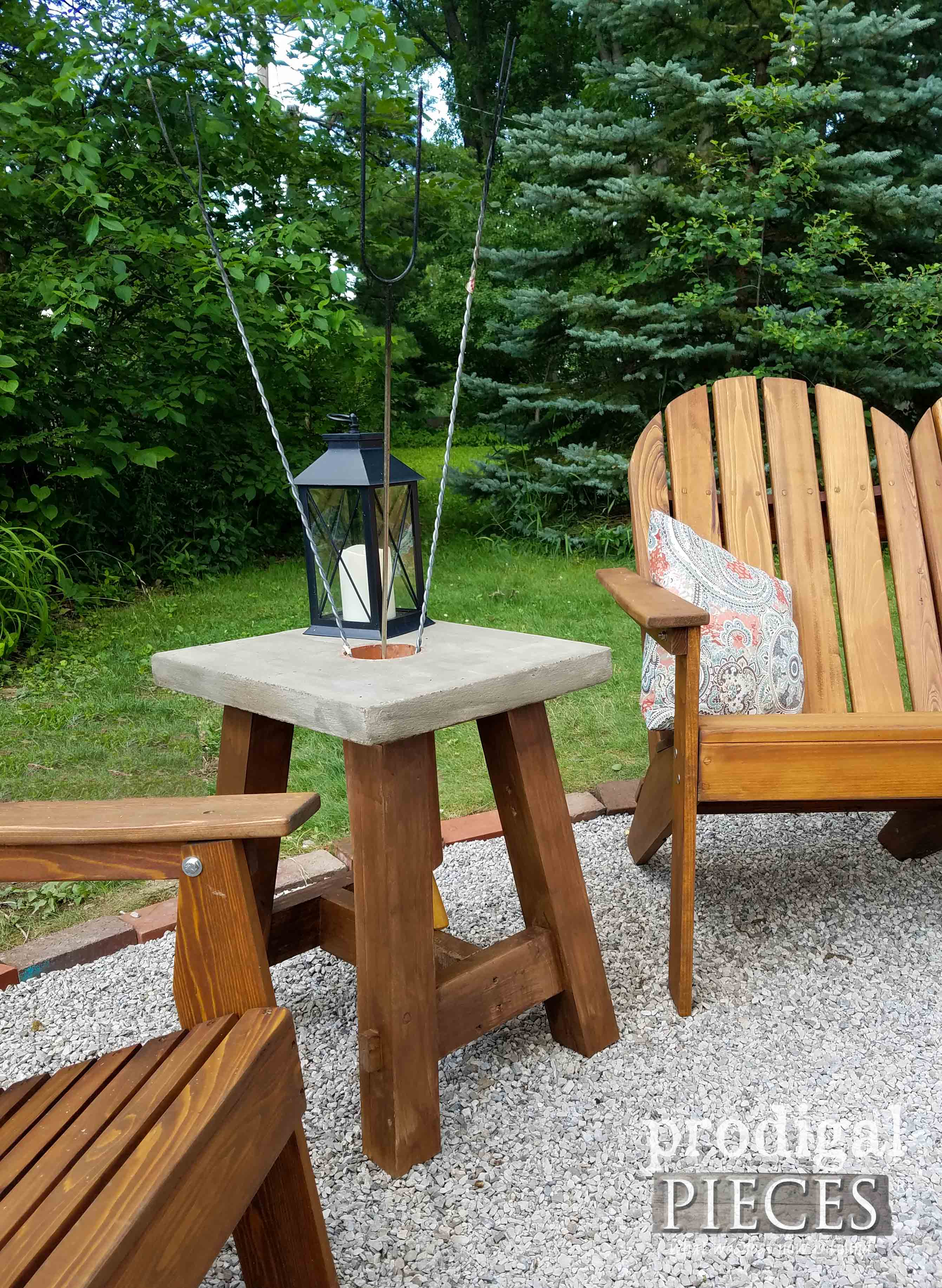 diy concrete table plus diy solar lamps prodigal pieces. Black Bedroom Furniture Sets. Home Design Ideas