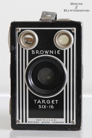Vintage Brownie Camera | prodigalpieces.com