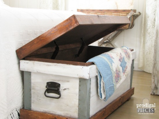 DIY Pottery Barn Knock-Off by Larissa of Prodigal Pieces | prodigalpiecs.com