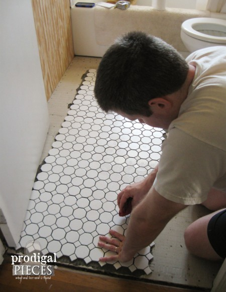 White Hexagon Tile in Farmhouse Bathroom | Prodigal Pieces | www.prodigalpieces.com