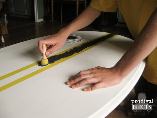 Painting Faux French Grain Sack Table with Tape and Paint by Prodigal Pieces prodigalpieces.com #prodigalpieces