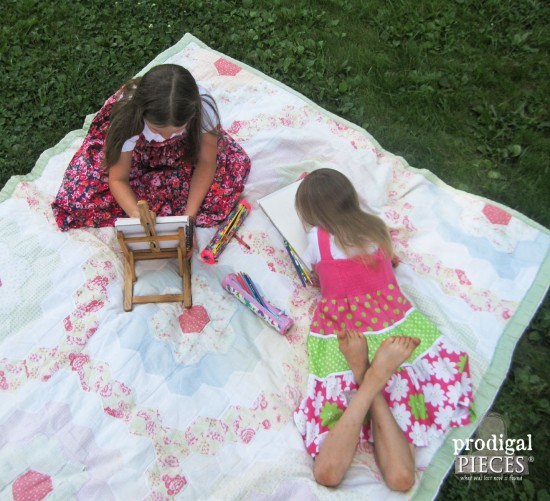 Playing Outside with DIY Zippered Pouches | prodigalpieces.com