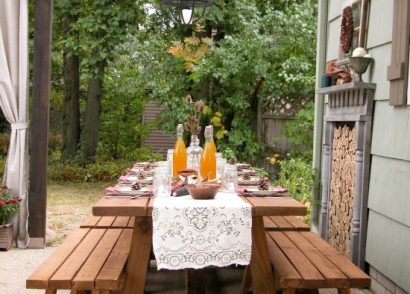 Rustic Farmhouse Patio Dining by Prodigal Pieces | prodigalpieces.com