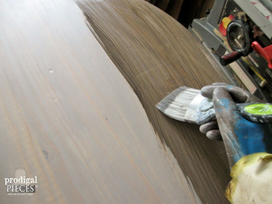 Glazing on faux industrial shipping crate table | Prodigal Pieces. www.prodigalpieces.com #prodigalpieces