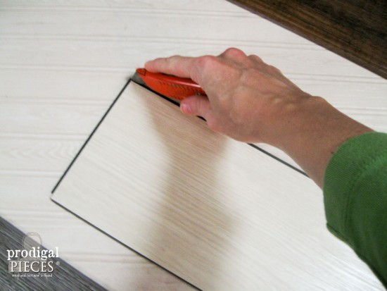 Cutting Vinyl Tile | Prodigal Pieces | www.prodigalpieces.com