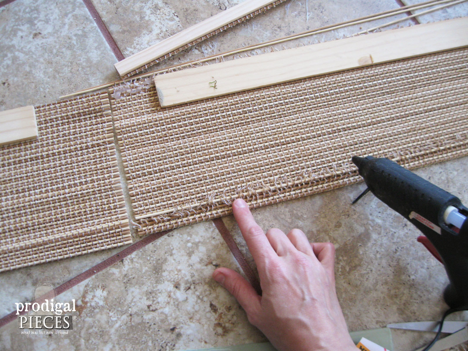 Assembling Bamboo Valance | Prodigal Pieces | www.prodigalpieces.com
