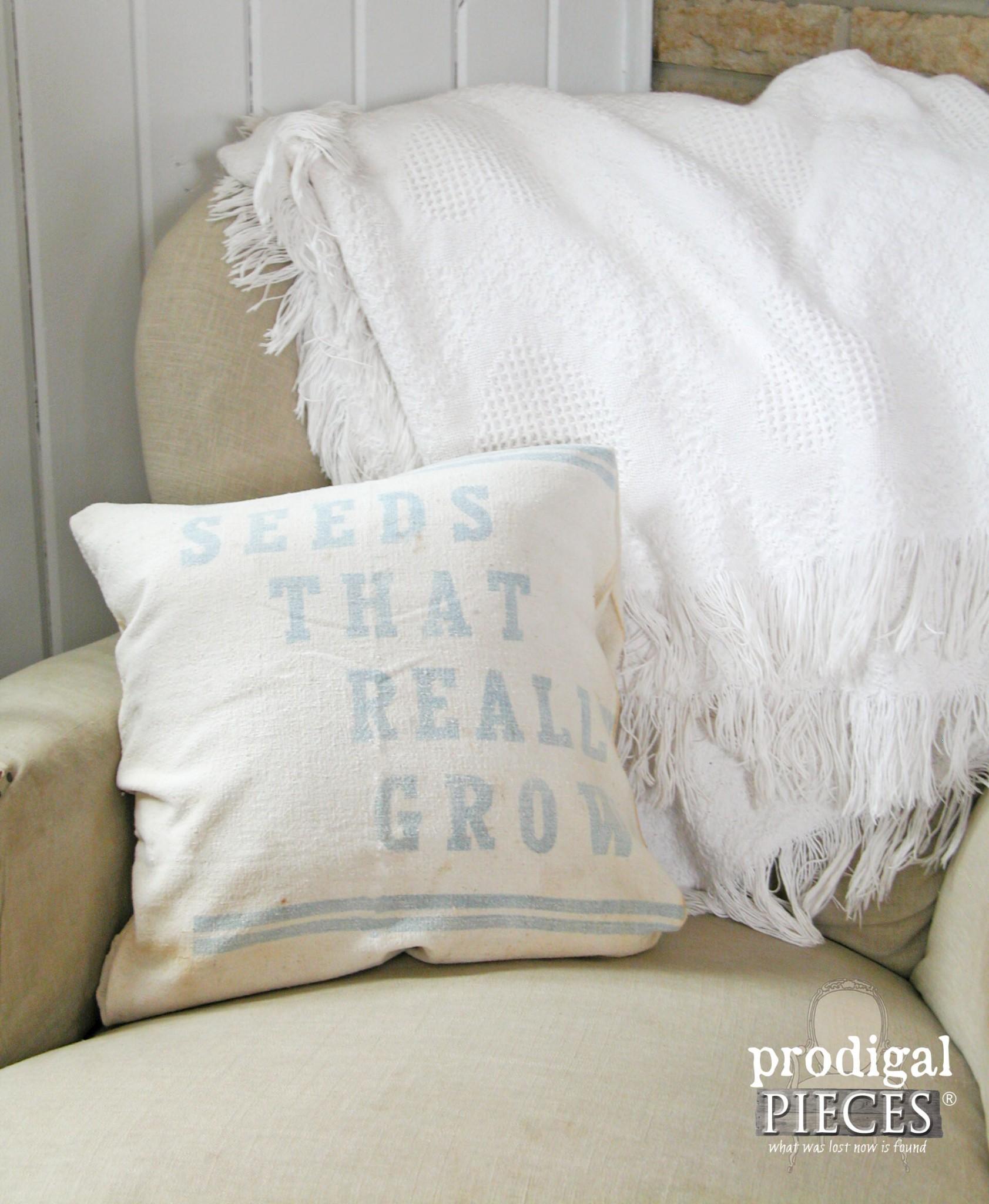 Vintage Feedsack Pillow | Prodigal Pieces | www.prodigalpieces.com