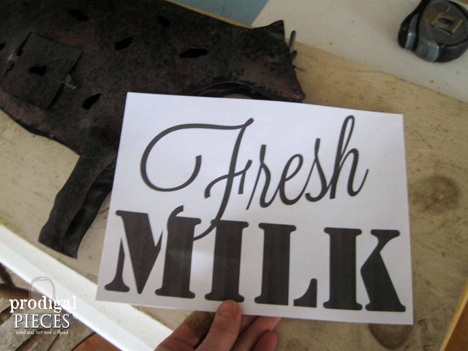 Fresh Milk Graphic for Metal Art | Prodigal Pieces | www.prodigalpieces.com