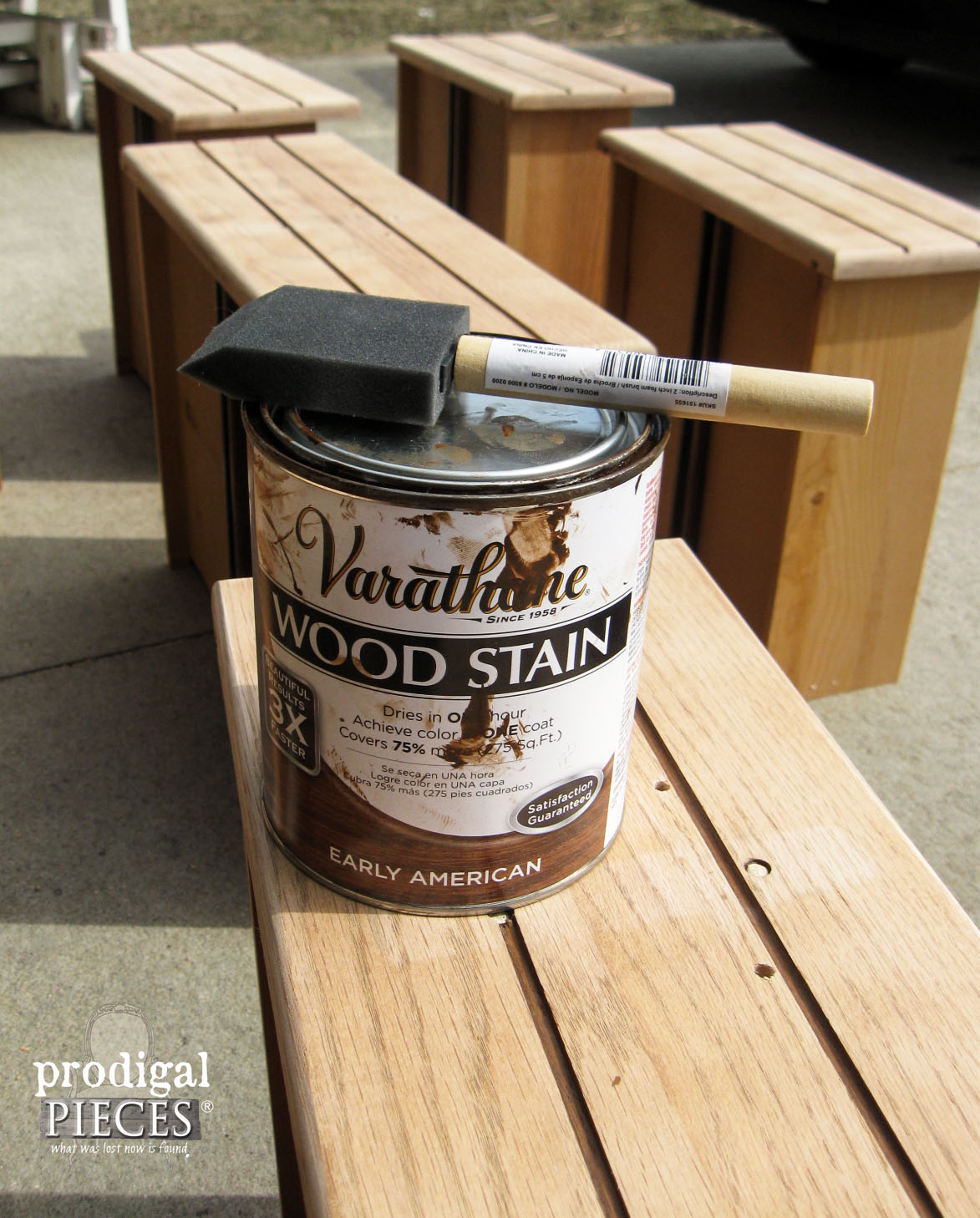 Early American Varathane Stain by Rustoleum | Prodigal Pieces | www.prodigalpieces.com