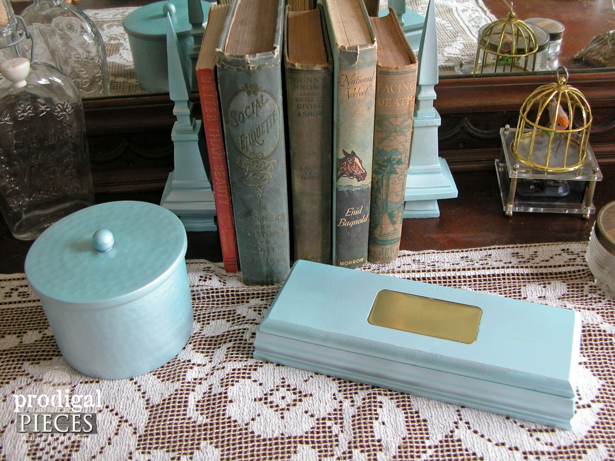 Aqua Blue Vanity Set from Thrifted Finds by Prodigal Pieces | www.prodigalpieces.com