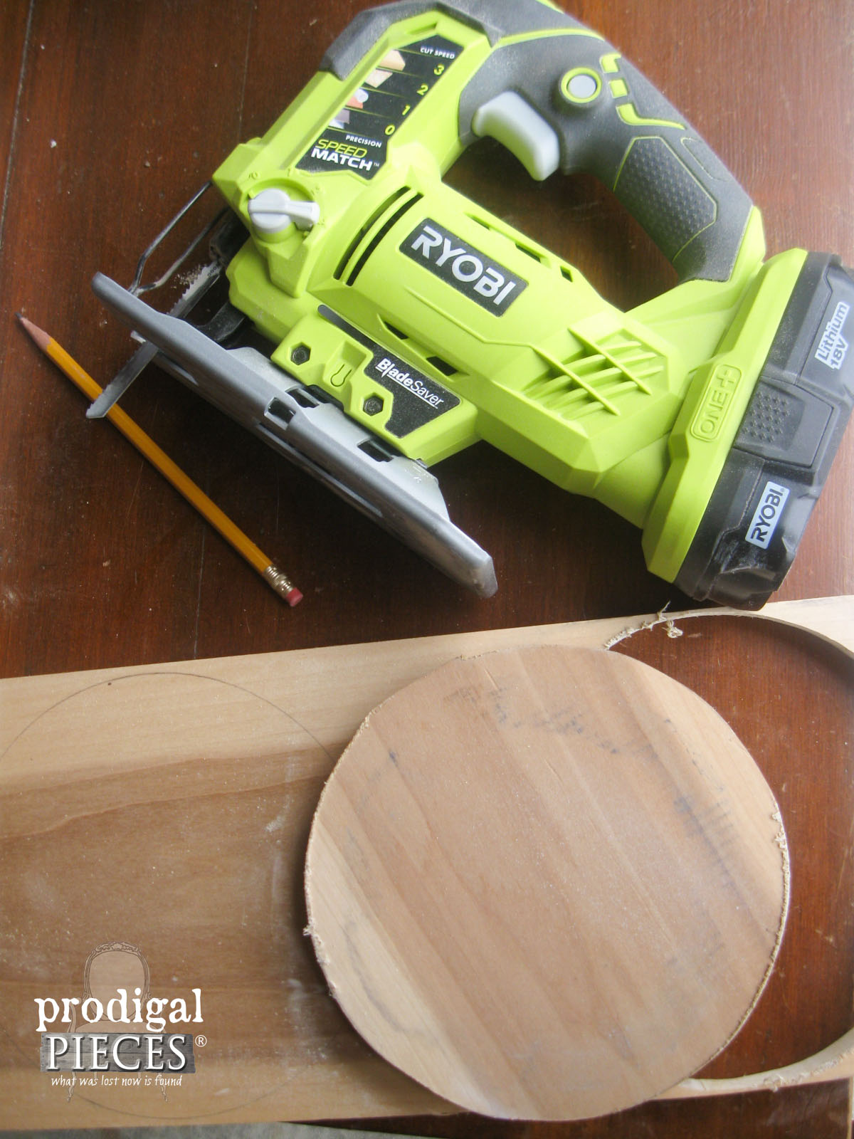 Cut Out Wood Rounds with Ryobi Cordless Jigsaw | Prodigal Pieces | www.prodigal pieces.com