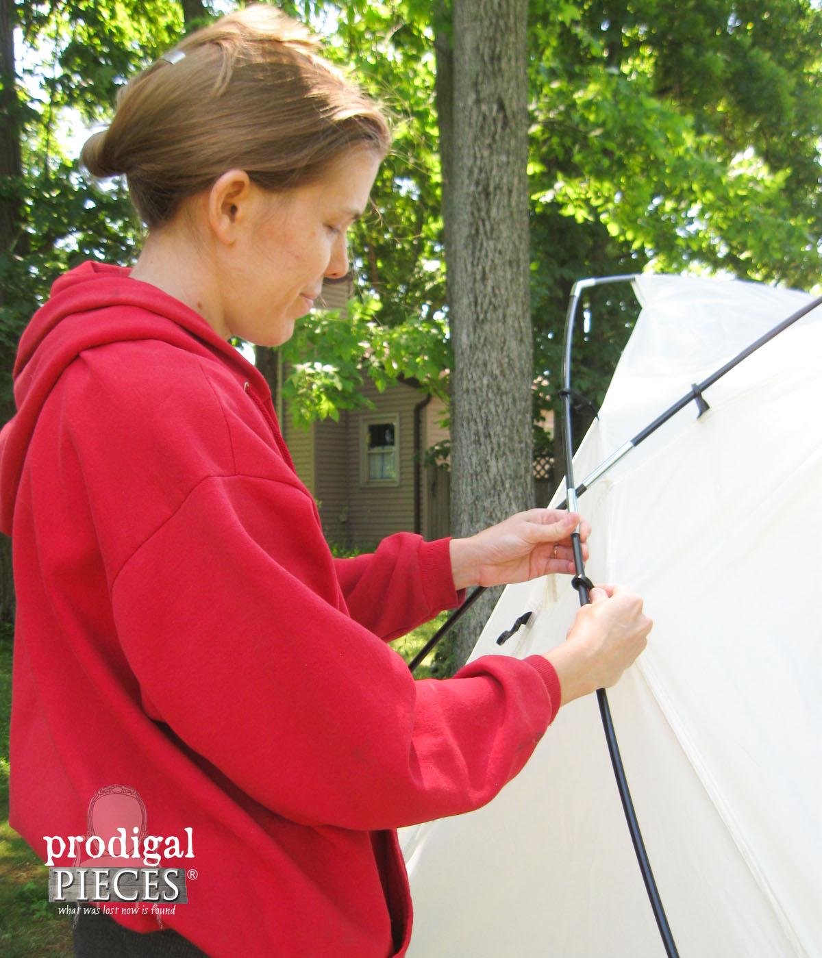 Setting Up HomeRight Spray Shelter | Prodigal Pieces | www.prodigalpieces.com