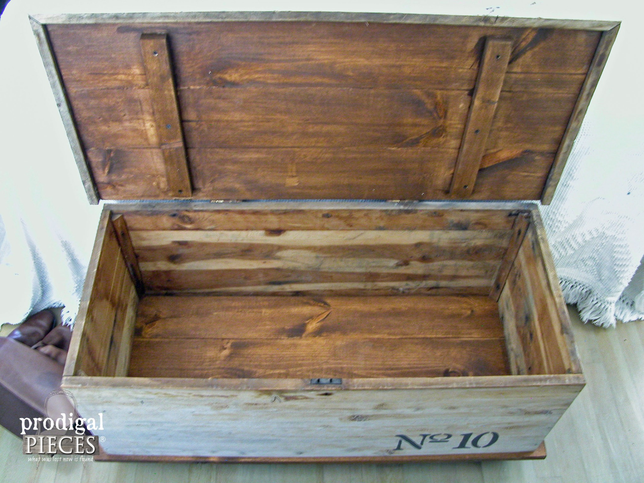 Interior of Cedar Chest that Got an Industrial Makeover by Prodigal Pieces | www.prodigalpieces.com