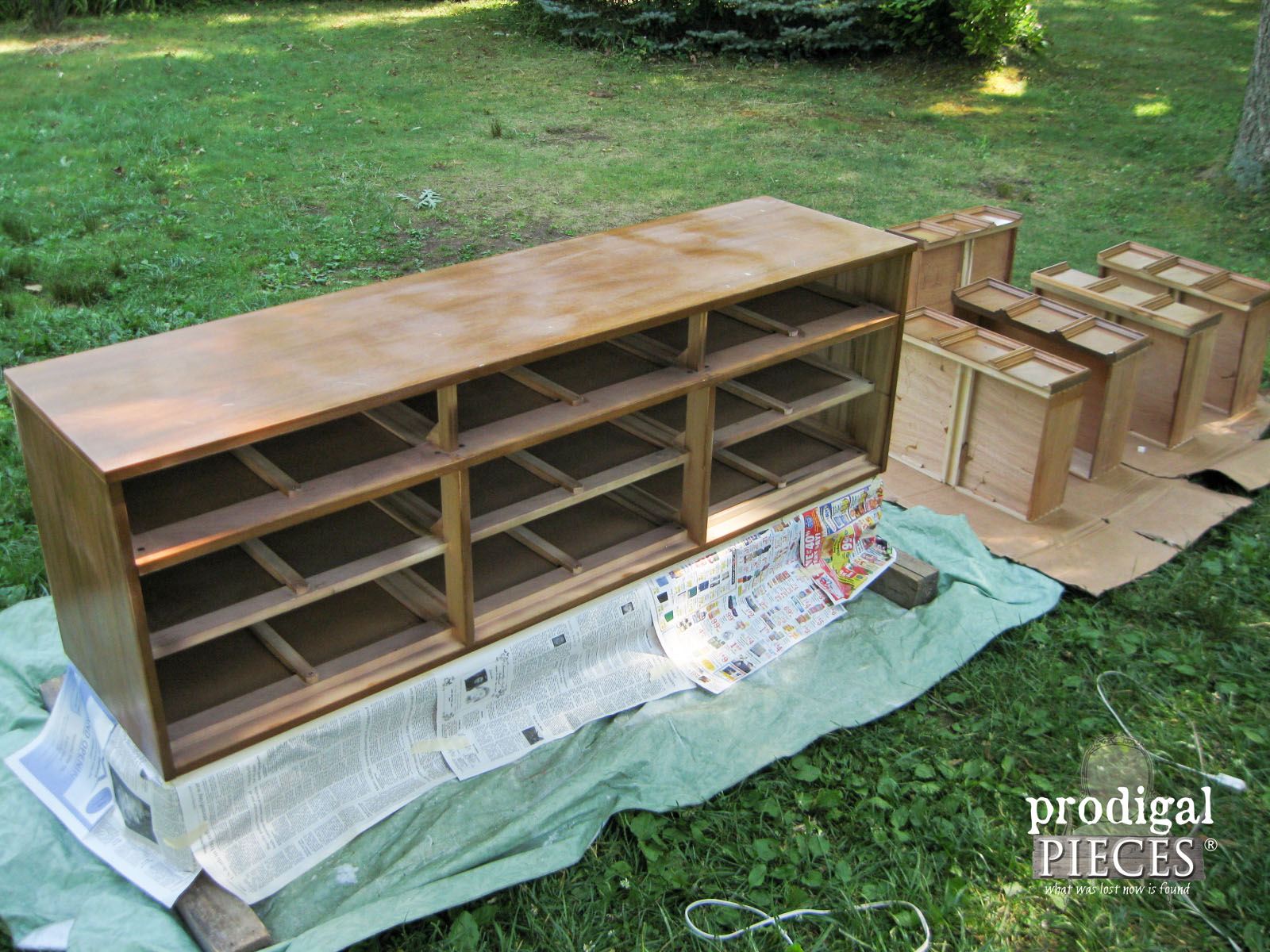 Preparing Mid Century Dixie Dresser for Spray Paint | Prodigal Pieces | www.prodigalpieces.com