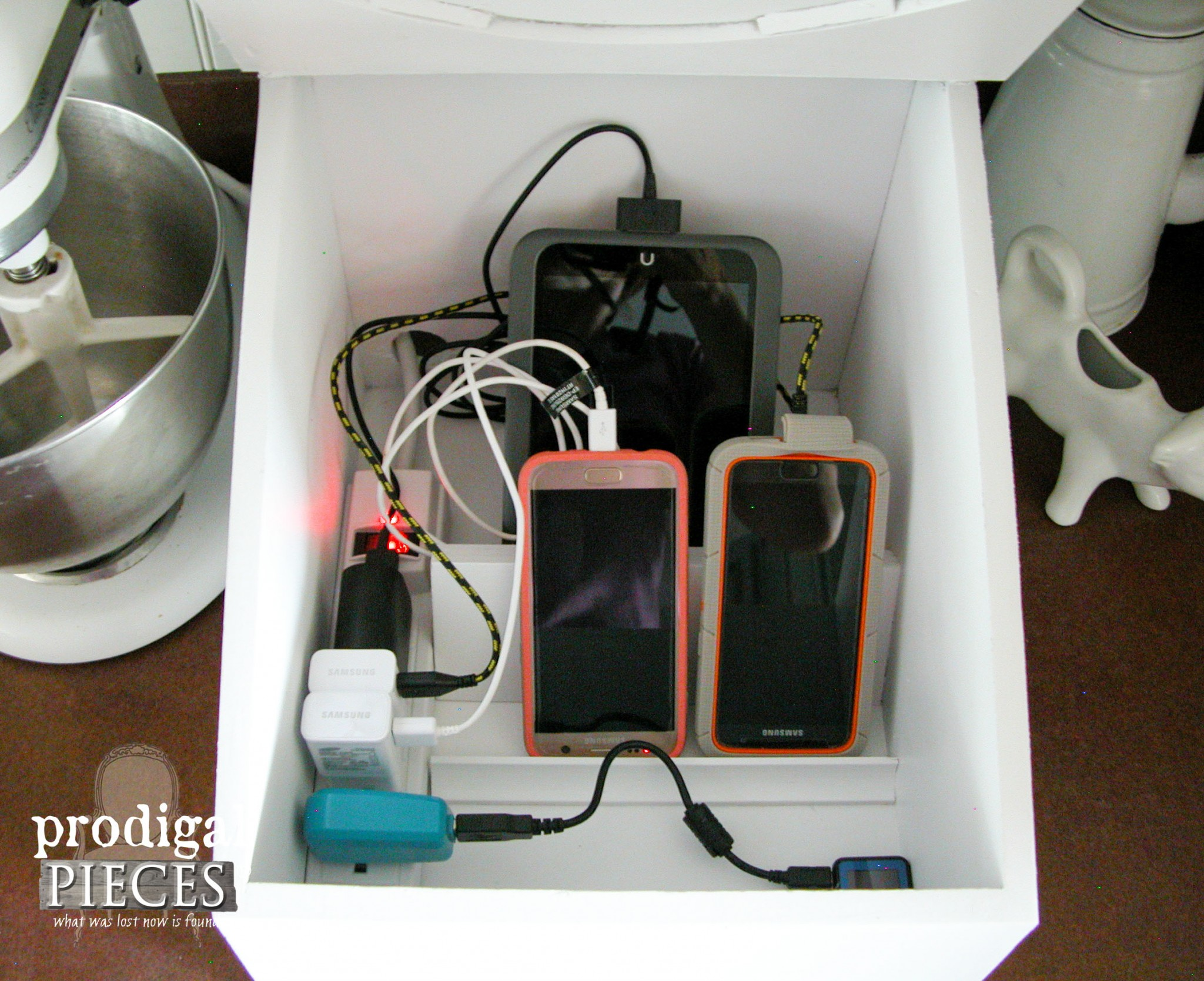 Inside View of Repurposed Charging Station by Prodigal Pieces | www.prodigalpieces.com