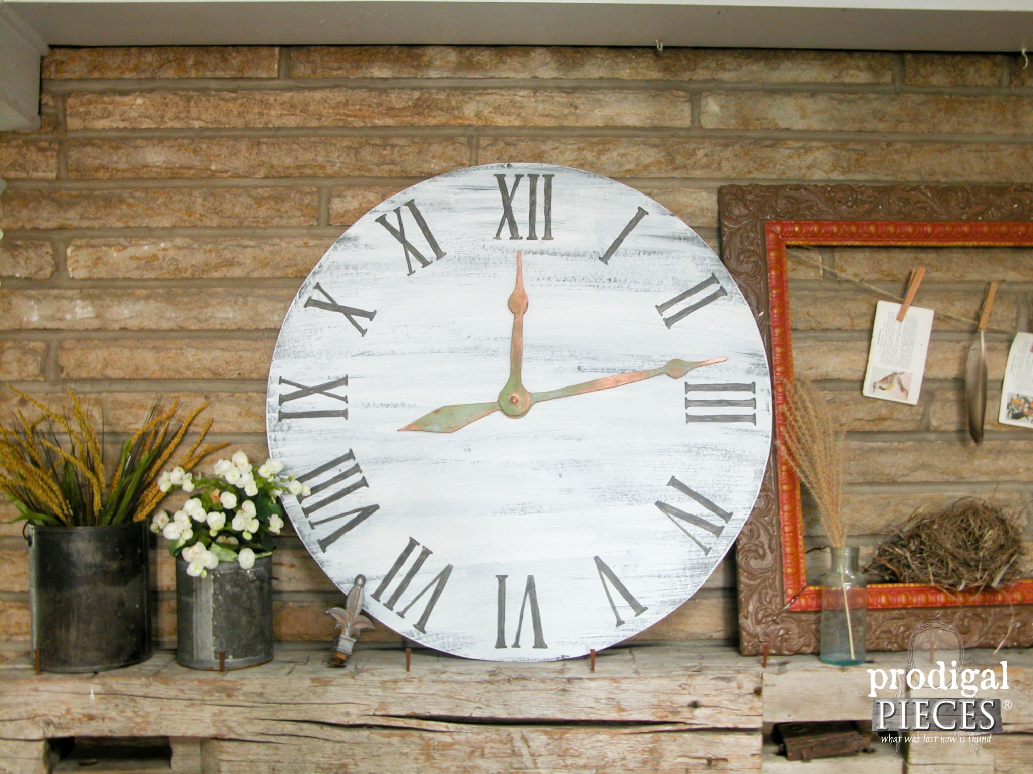 Faux Large Clock DIY by Prodigal Pieces | www.prodigalpieces.com