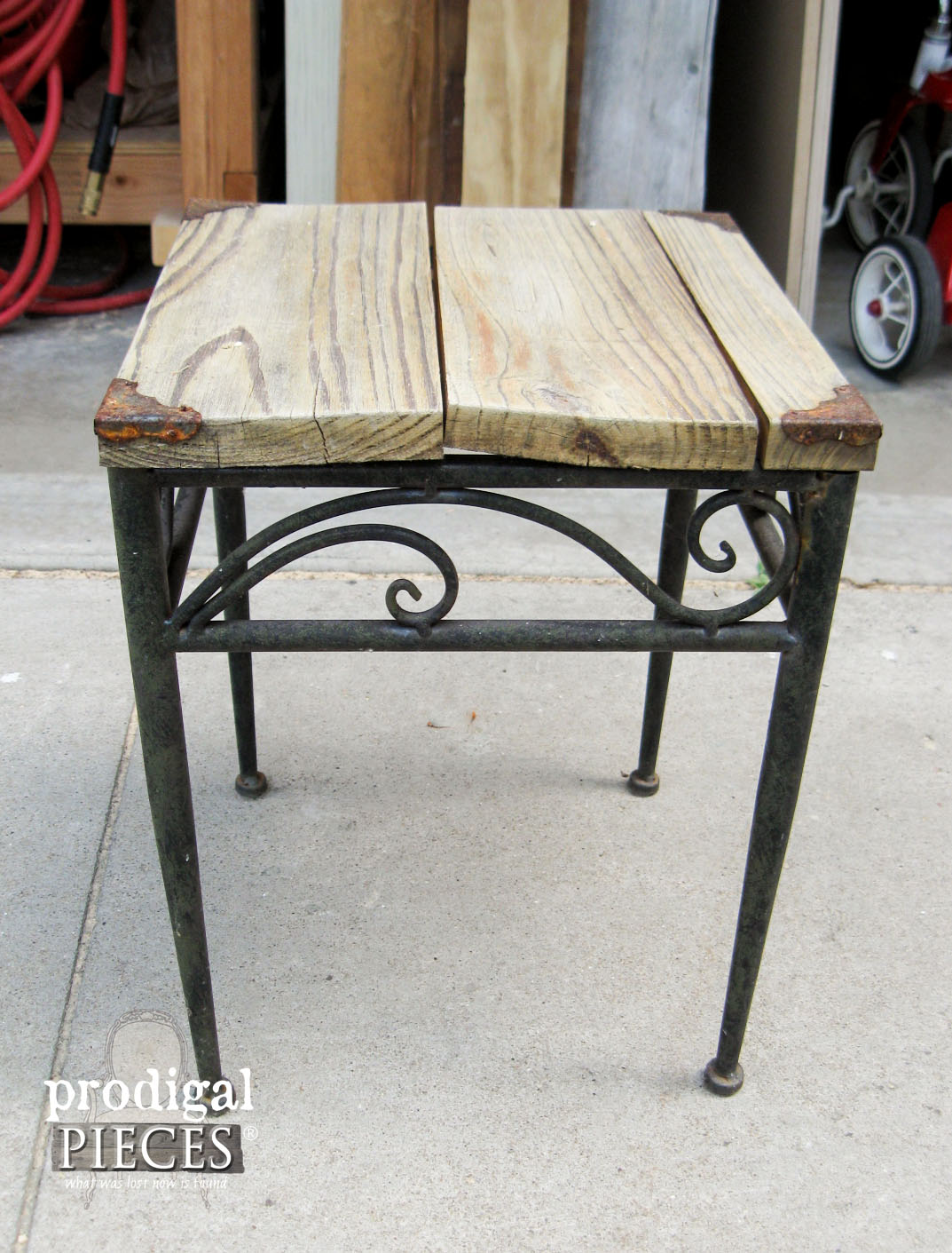 Outdoor Table Before Patio Makeover | Prodigal Pieces | www.prodigalpieces.com