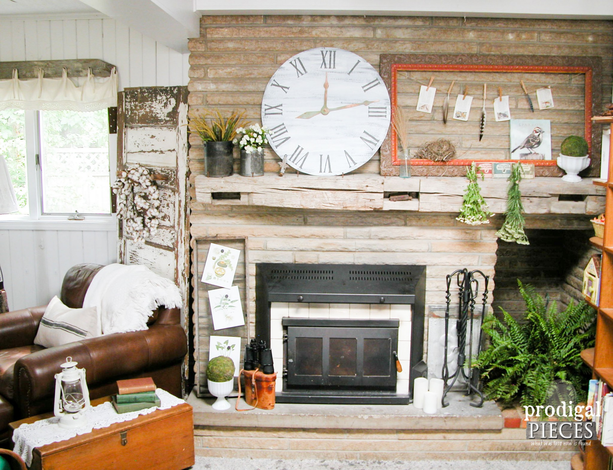 Summer Farmhouse Style Mantel with Faux Clock by Prodigal Pieces | www.prodigalpieces.com