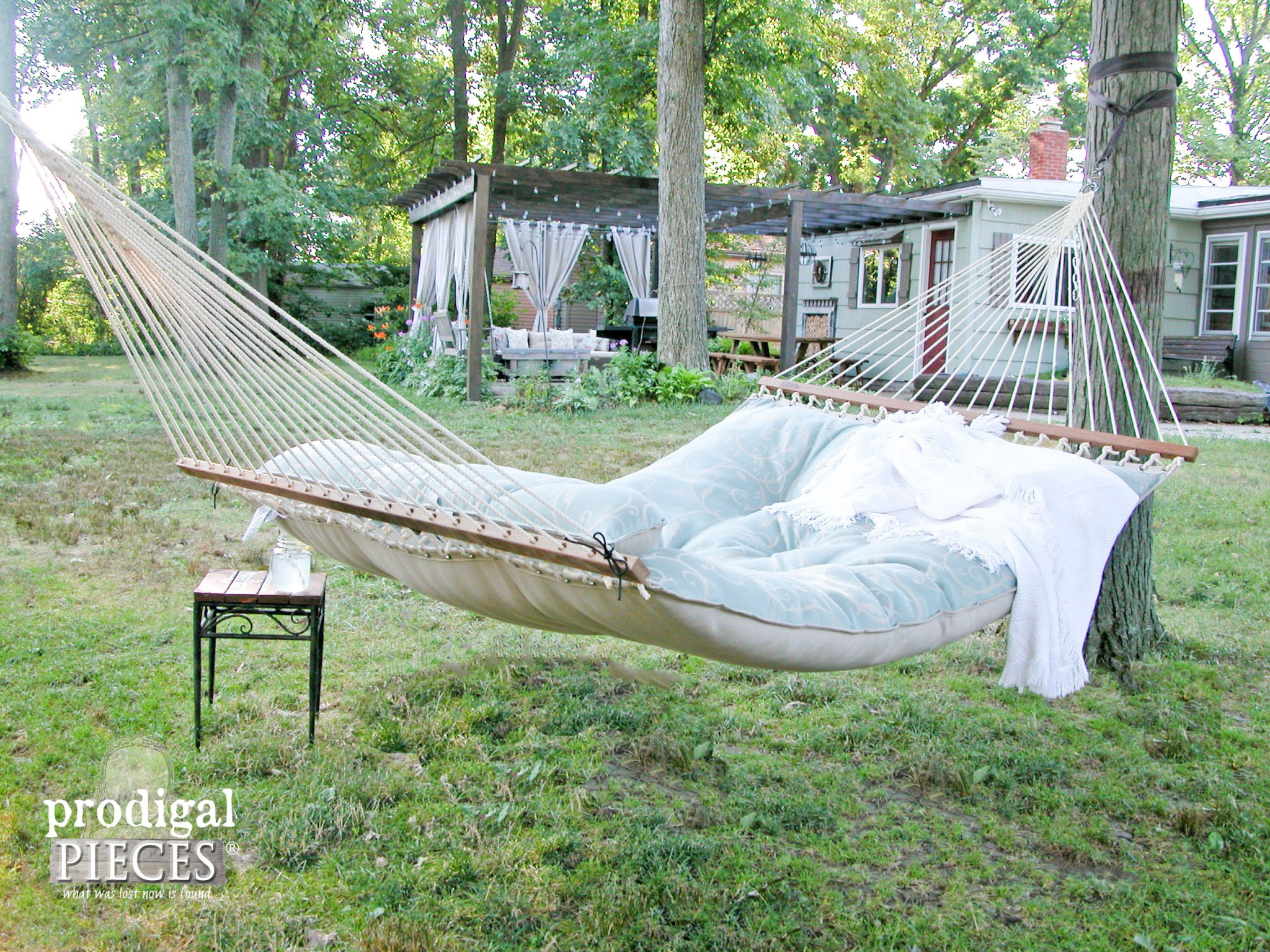 Tufted Hammock by Hatteras Hammocks on DFO Home by Prodigal Pieces | www.prodigalpieces.com