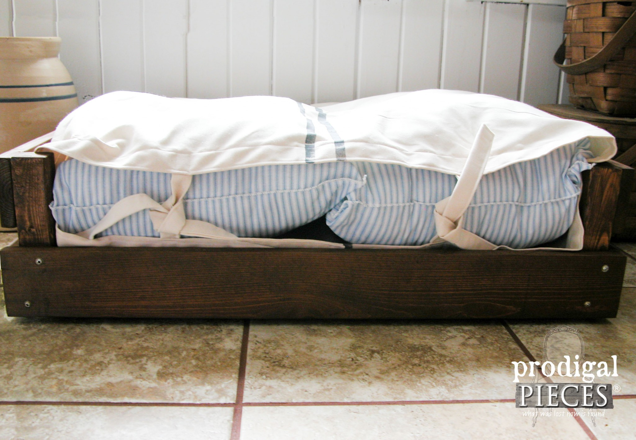 Farmhouse Style Ticking and Grain Sack Pet Bed with Tutorial by Prodigal Pieces | www.prodigalpieces.com