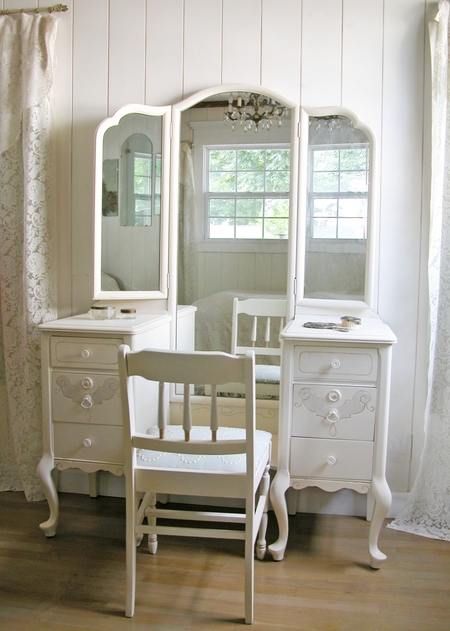 Trifold Dressing Table Refinished as Custom Furniture by Prodigal Pieces | www.prodigalpieces.com