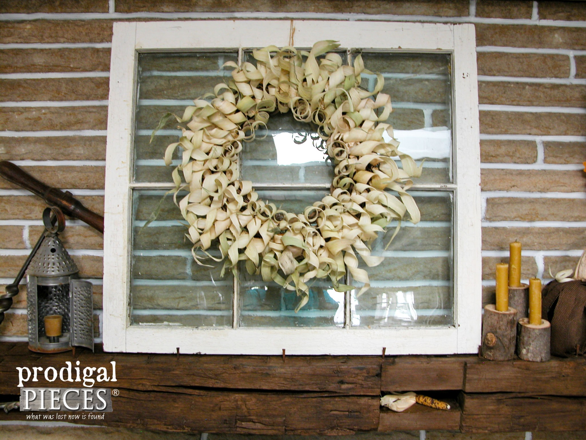 Rustic Fall Corn Husk Wreath Tutorial by Prodigal Pieces | www.prodigalpieces.com