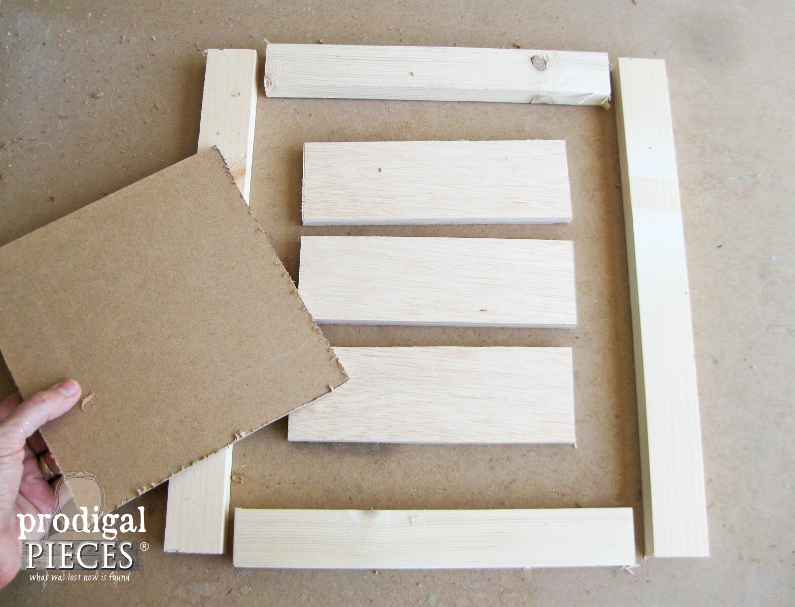 Hello Fall Sign Supplies | Prodigal Pieces | www.prodigalpieces.com