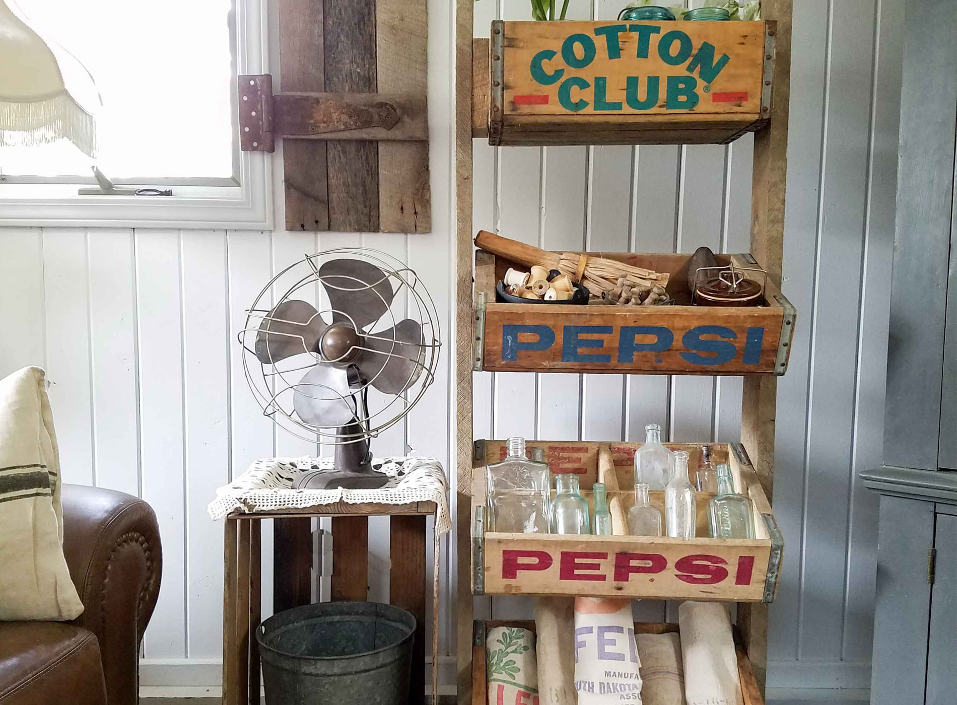Featured Soda Crate Stand by Prodigal Pieces | www.prodigalpieces.com